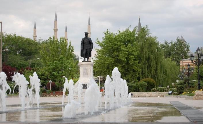 Cami bahçesine Mustafa Kemal'in heykeli dikilecek! YOK ARTIK!