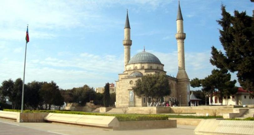 KARDEŞ ÜLKE AZERBAYCAN, HOPARLÖRDEN EZAN OKUMAYI YASAKLADI
