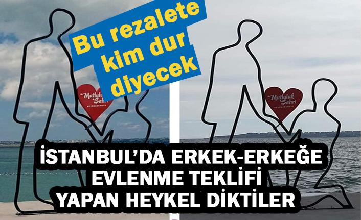 İstanbul'da erkek-erkeğe evlenme teklifi  yapan heykel diktiler