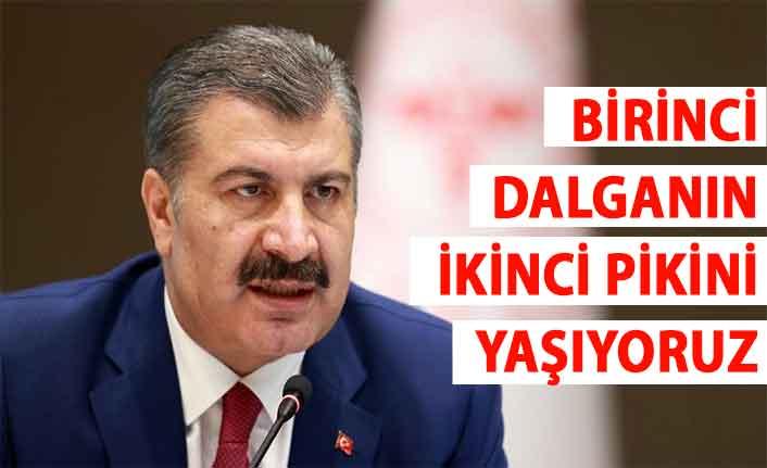 """Sağlık Bakanı Fahrettin Koca: """"Birinci dalganın ikinci pikini yaşıyoruz"""""""