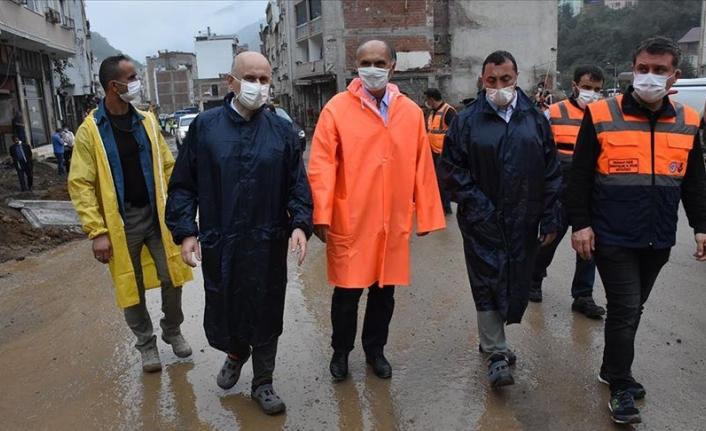 Ulaştırma ve Altyapı Bakanı Karaismailoğlu, Dereli'de incelemelerde bulundu