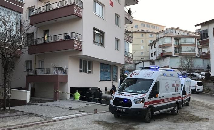 Başkentte bir binanın garajında 3 gencin cesedi bulundu