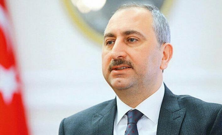 Abdulhamit Gül: Yeni anayasayı milletimizle beraber yapacağız