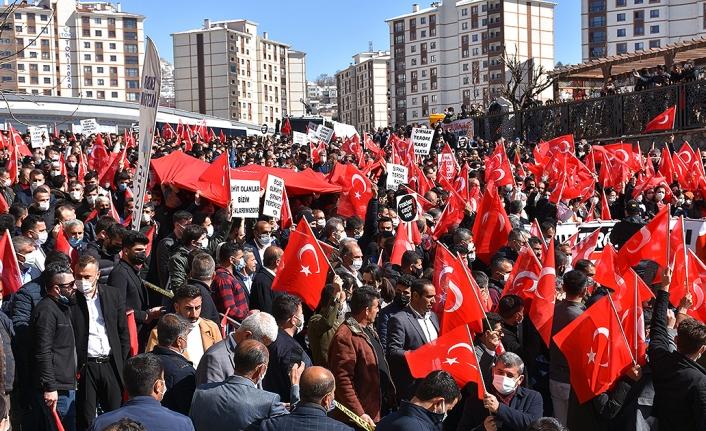 Şırnak'ta Gara şehitleri için PKK'ya tepki yürüyüşü düzenlendi