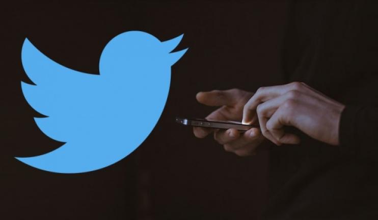 Türkiye'ye temsilci atamayan Twitter'a ilk yasak geldi