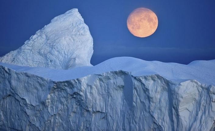 Antarktika'daki buz tabakaları çökme riskiyle karşı karşıya
