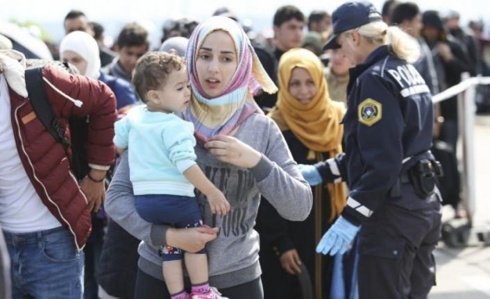 Danimarka, Suriyeli sığınmacıların oturma izinlerini iptal ediyor