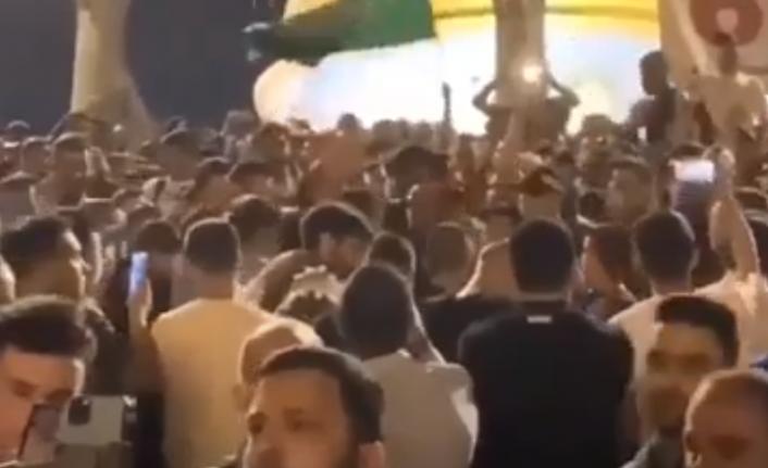Mescid-i Aksa'da İsrail'e direnen Filistinliler 'Erdoğan' sloganı atıyor