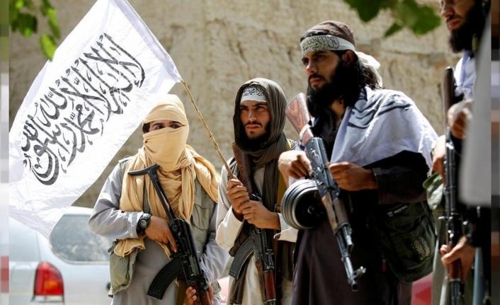 Afganistan'da yeni dönem... Ve Taliban Sözcüsü dünyanın karşısında