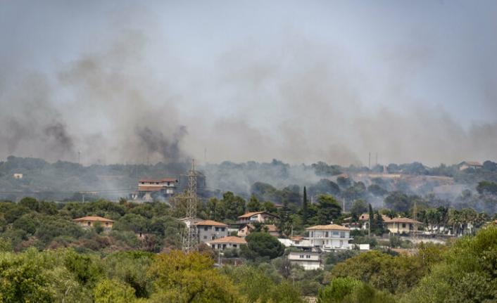 Akdeniz alevlere teslim: Yunanistan ve İtalya orman yangınlarıyla mücadele ediyor