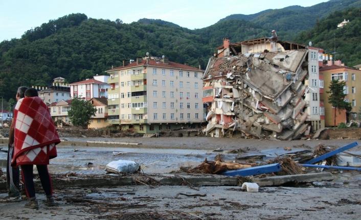 Kastamonu'da sel felaketi: Can kaybı altıya yükseldi