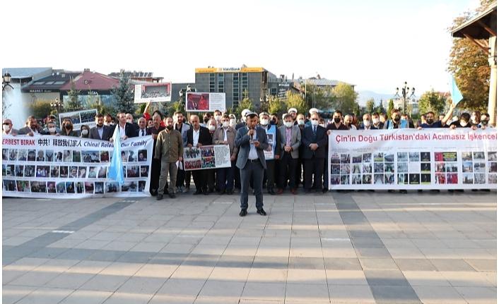 Çin'in Doğu Türkistan'a yaptığı zulüm Erzurum'da protesto edildi