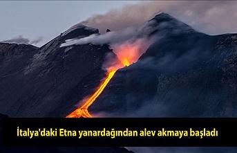 İtalya'daki Etna yanardağından alev akmaya başladı.