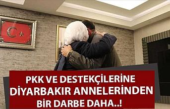 PKK ve destekçilerine diyarbakır annelerinden bir darbe daha..!