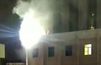 Son dakika haberi | Gaziantep'teki patlamada yeni görüntüler ortaya çıktı! Hastaları kurtarmak için camlardan içeriye girdiler.