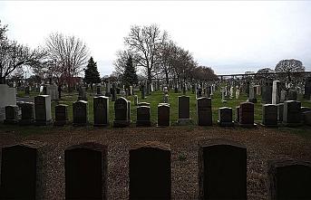 ABD'de siyahi polisin cenazesinin 'beyazlara ait' olduğu gerekçesiyle bir mezarlığa gömülmesine izin verilmedi