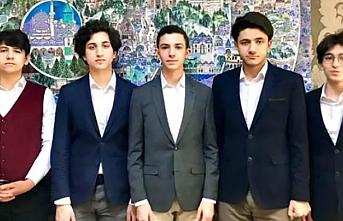 39 ülkeden 40 takımın katıldığı yarışmada Beyoğlu Anadolu İmam Hatip Lisesi birinci geldi