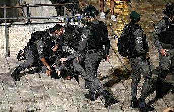 Aşırı sağcı Yahudiler baskın çağrıları eşliğinde Filistinlilere saldırıyor