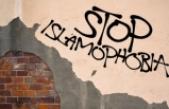 Fransa'da seccade, Kur'an, başörtüsü, takke, şalvar suç unsuru oldu