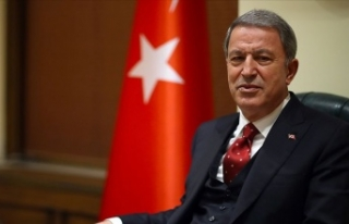 Hulusi Akar'dan harekat açıklaması: Mehmetçiğin...