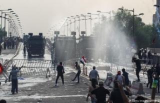 Irak hükümeti, ülkede tansiyonu düşürmeyi amaçladığı...