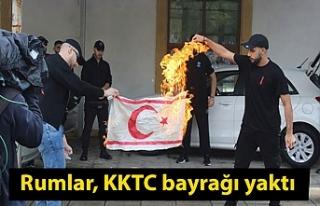 Rumlar, KKTC bayrağı yaktı