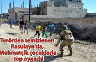 Terörden temizlenen Rasulayn'da, Mehmetçik...
