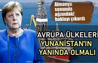 Almanya Başbakanı Angela Merkel: AB, Yunanistan'ı...