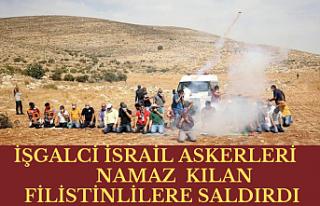 İşgalci İsrail askerleri namaz kılan Filistinlilere...