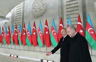 Aliyev: Vatan muhaberesinin ilk saatlerinden itibaren...