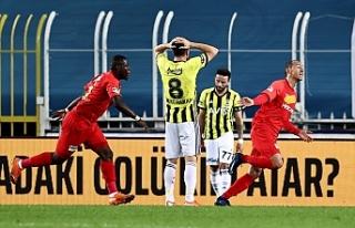 Fenerbahçe'nin kalesi Kadıköy çöktü! Tarihte...