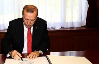 Cumhurbaşkanı Erdoğan 11 üniversiteye rektör...