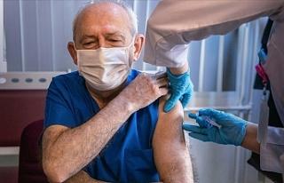 Kılıçdaroğlu, Kovid-19 aşısının ilk dozunu...