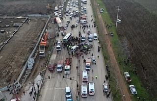 Bursa-Ankara kara yolunda zincirleme trafik kazası:...