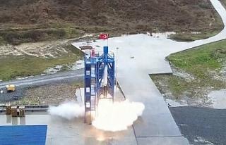 Ay'a gidecek uzay aracı ilk kez ateşlendi:...