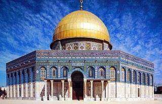 İslam dünyasının ilk kıblesi Mescid-i Aksa'da...