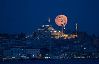 İstanbul yine kendine hayran bıraktı: Dün akşam...
