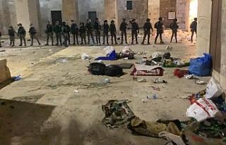 İşgalci İsrail güçleri Mescid-i Aksa'da...