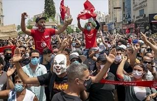 Tunus'ta devrilmeye çalışılan Nahda Hareketi...