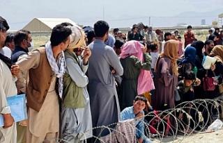 Rusya şartlı olarak yaklaşık bin Afgan'ı...