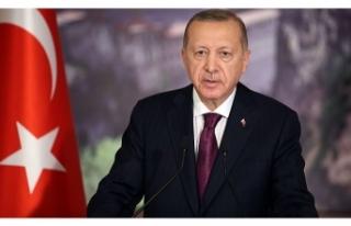 Cumhurbaşkanı Erdoğan: Gençlerimizle aramıza...