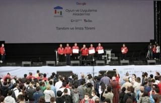 Google Oyun ve Uygulama Akademisi 2 bin genç için...