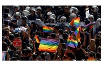 Boğaziçi Üniversitesi'nde sözlerini değiştirerek İstiklal Marşı'yla dalga geçen LGBT'liler hakkında soruşturma