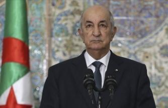Fransa'nın Keçiova Camisi'nde yaptıklarını sorun: 4 bin kişinin etrafını sardılar ve top atışıyla öldürdüler