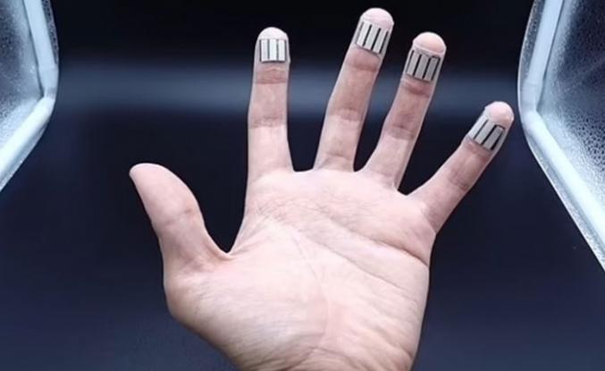 İnsan terinden elektrik üreten cihaz